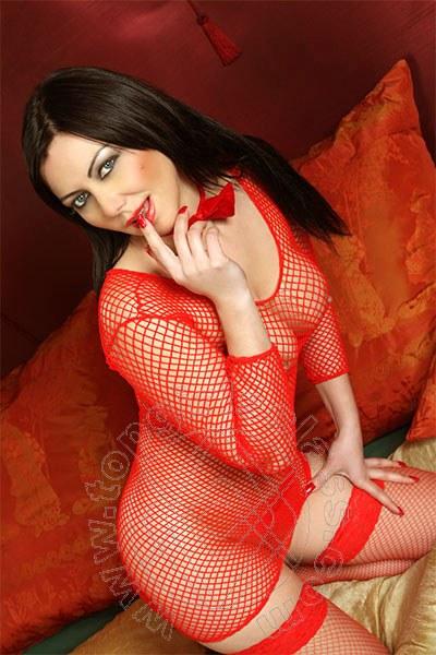 Valeria Hot  LOANO 3714477529