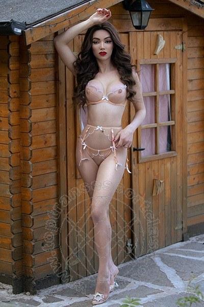 Vanessa Hilton  BOLOGNA 3245846577